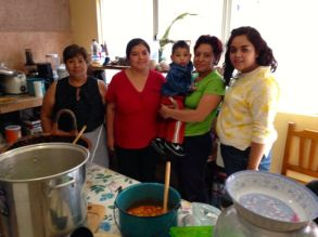 Rosita & Mari with family who prepared the food for us.