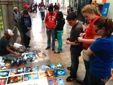 Buying spray painted art in Puebla
